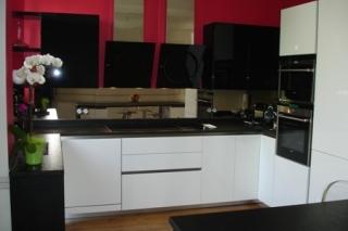 cuisine-laque-blanc-et-laque-noir1