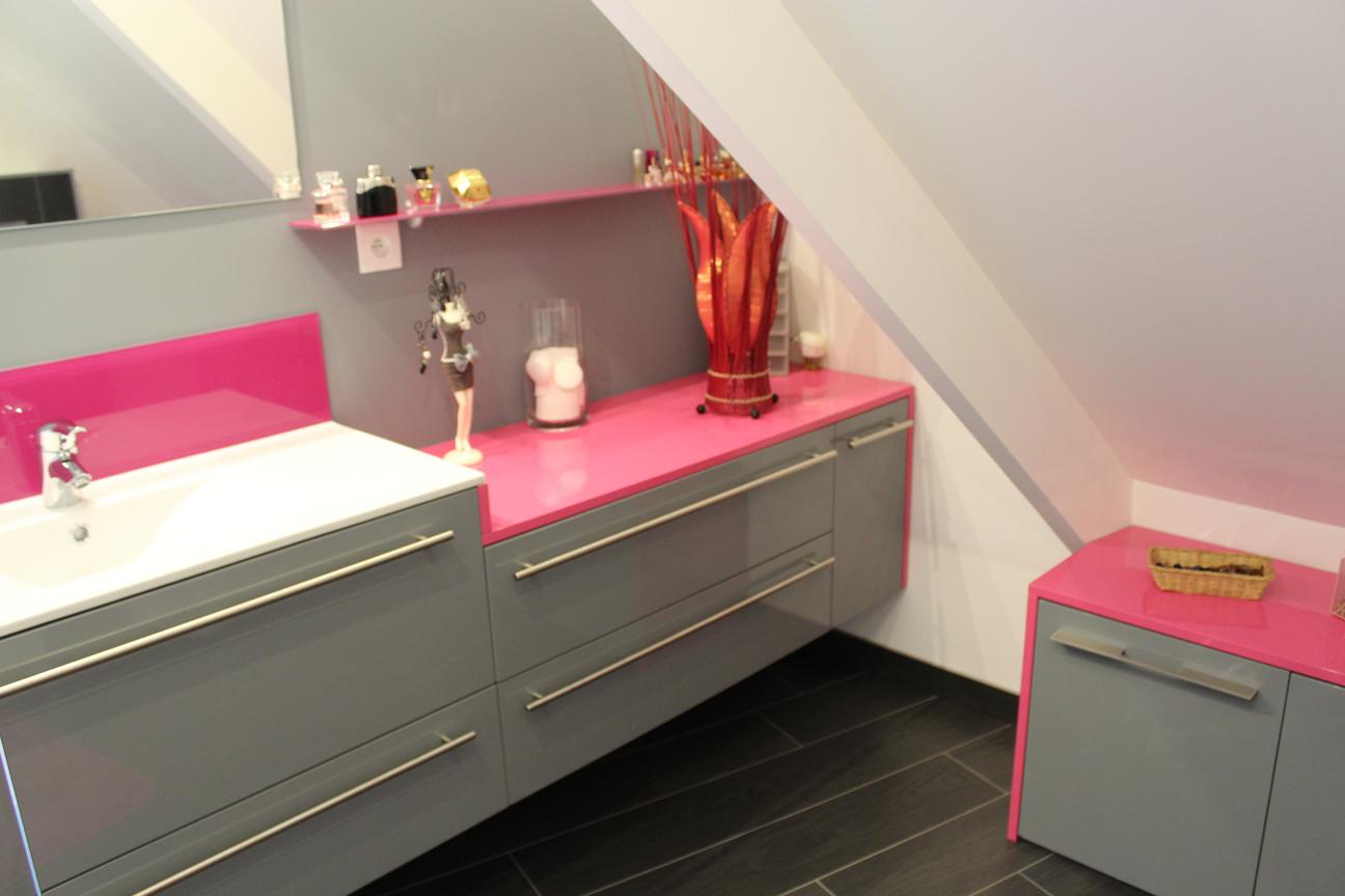 Porcelanosa Meuble De Salle De Bain salle d'eau – laqué gris / rose – porcelanosa – sadeco, le